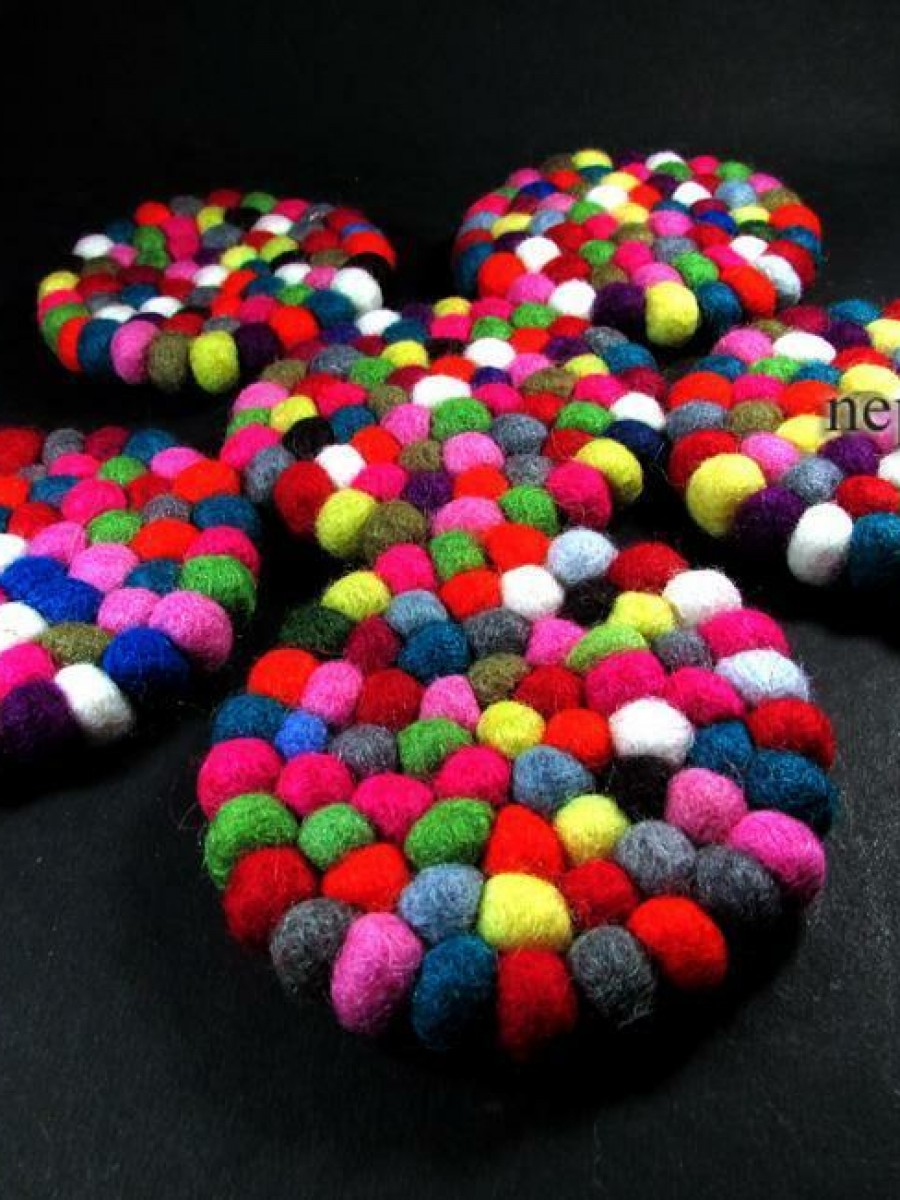 100% Wool felt ball  round coaster mat - F34