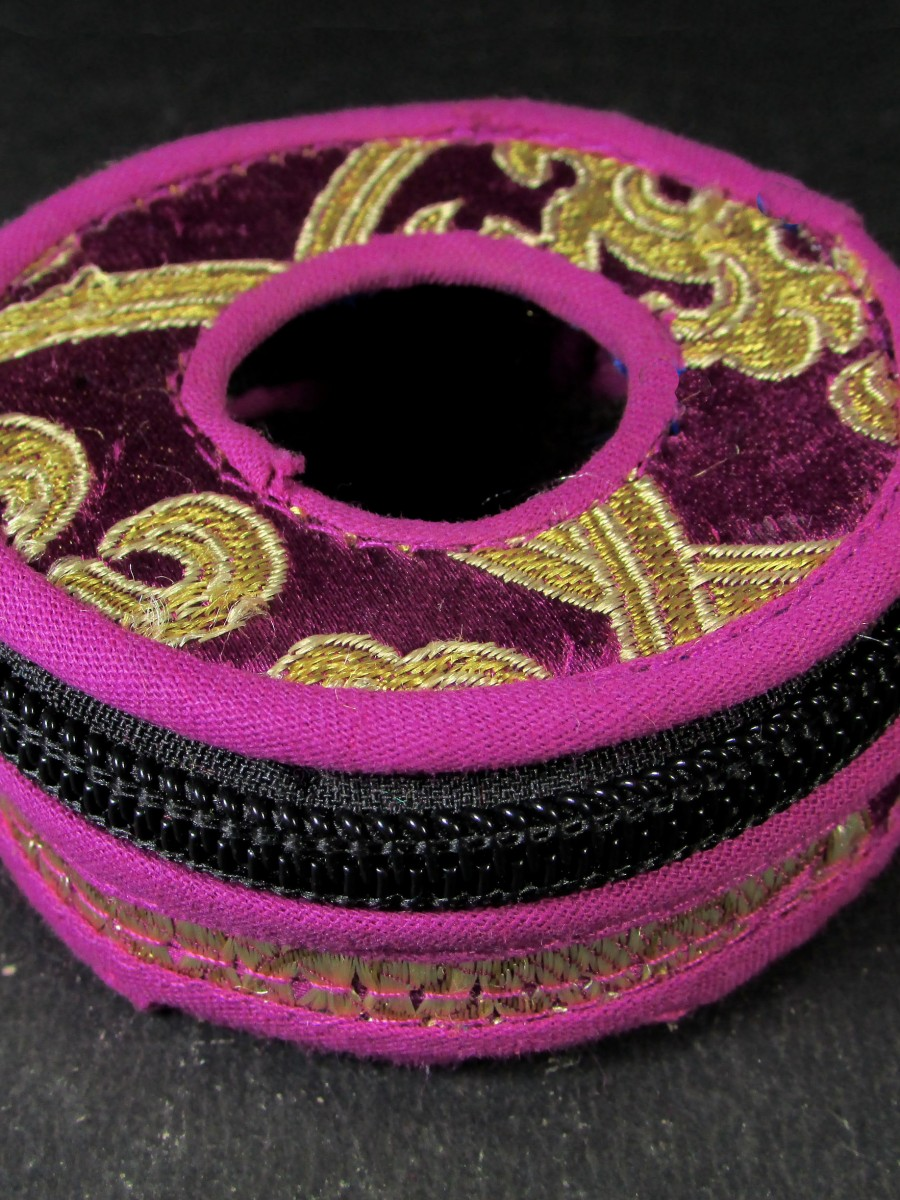 7 cm Tibetan brocade Tingsha box bag - TN27