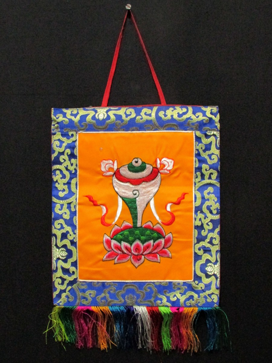 Conch Embroidery Wall Hanging Thanka - Th144
