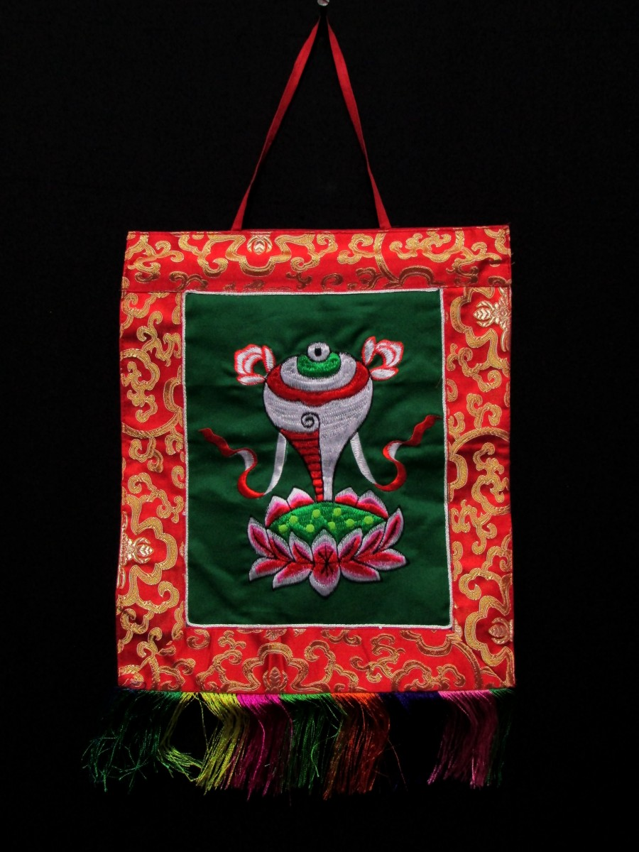 Conch Embroidery Wall Hanging Thanka - Th146