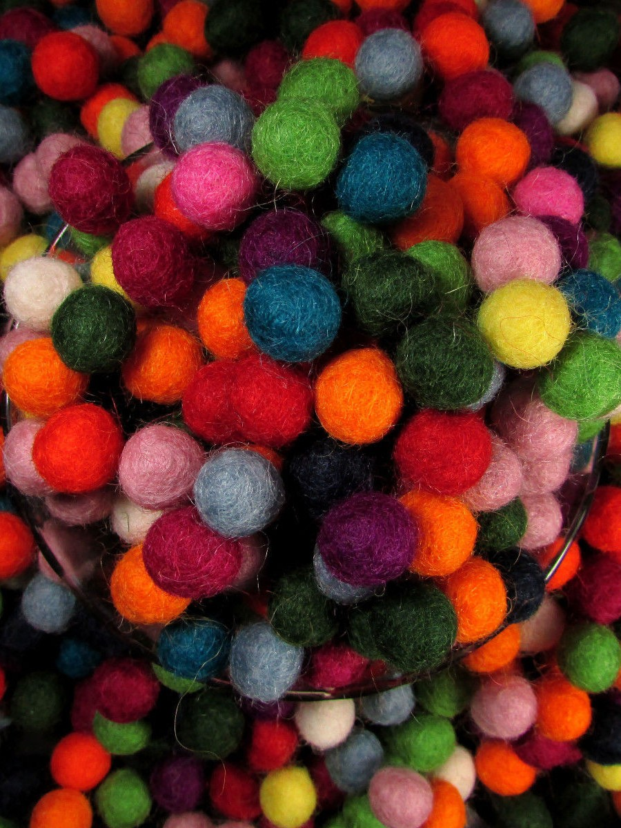 Decorative Felt Ball 1cm Mix Color - F50