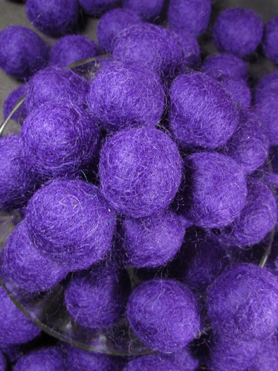 Decorative Felt Ball 2cm Violet - F84