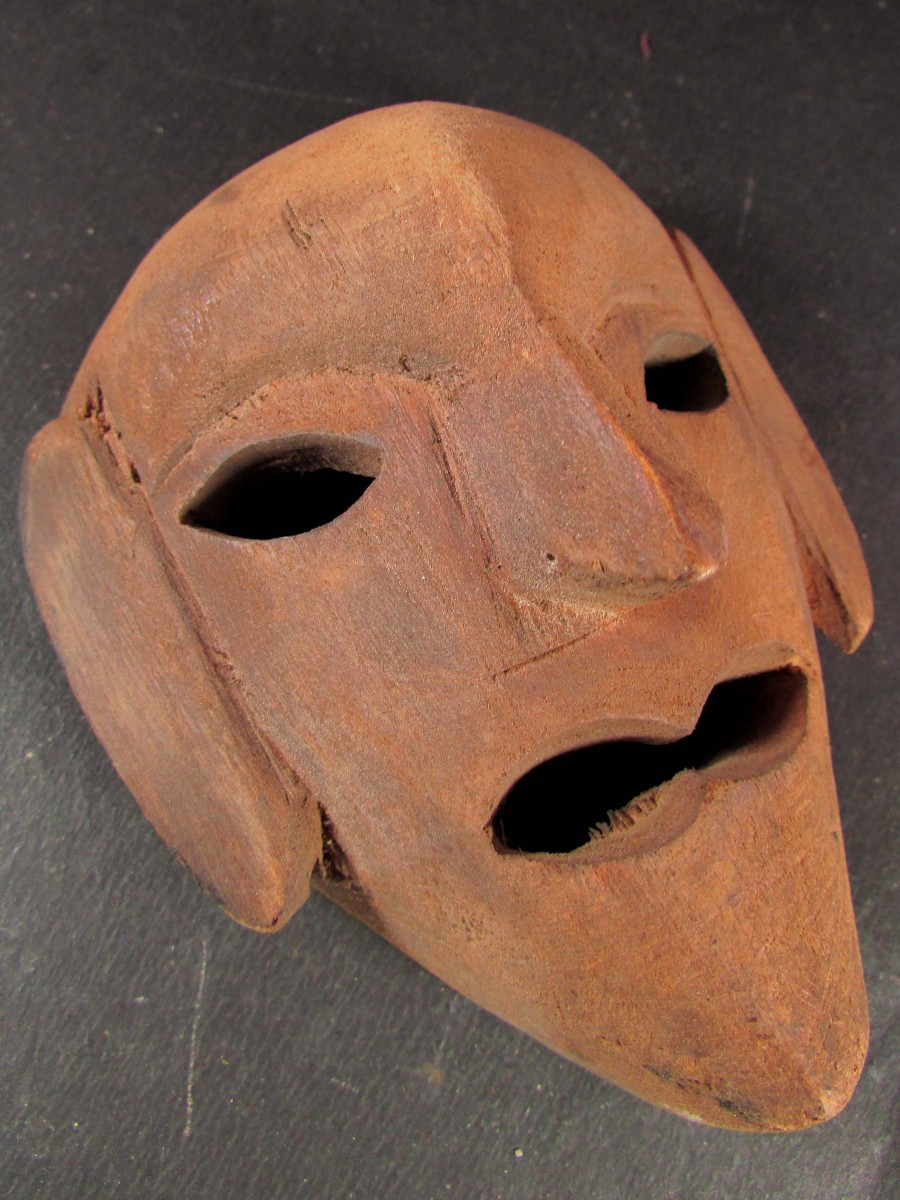 Face carved Wooden Mask Wall hanging - M310