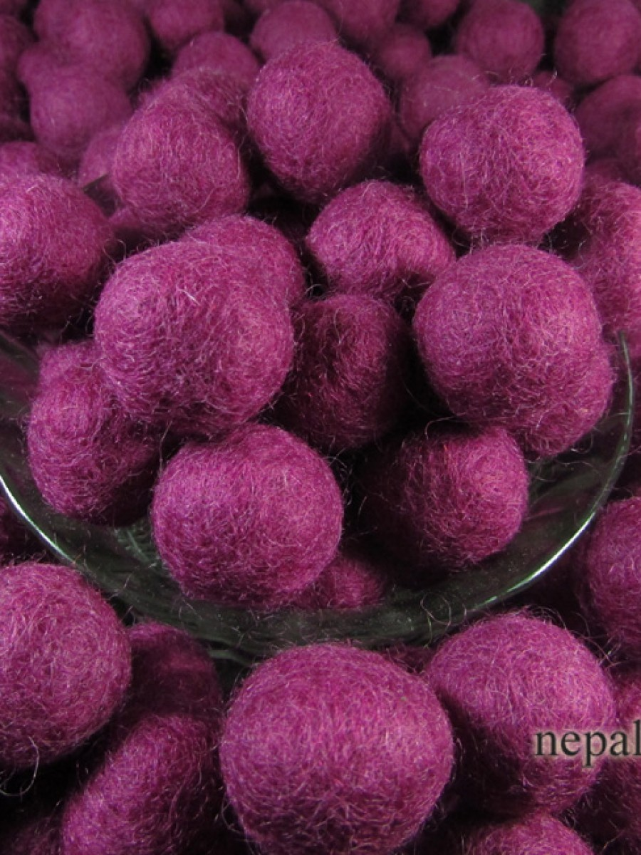 Felt ball 2cm Mulberry color Kids DIY craft - F102