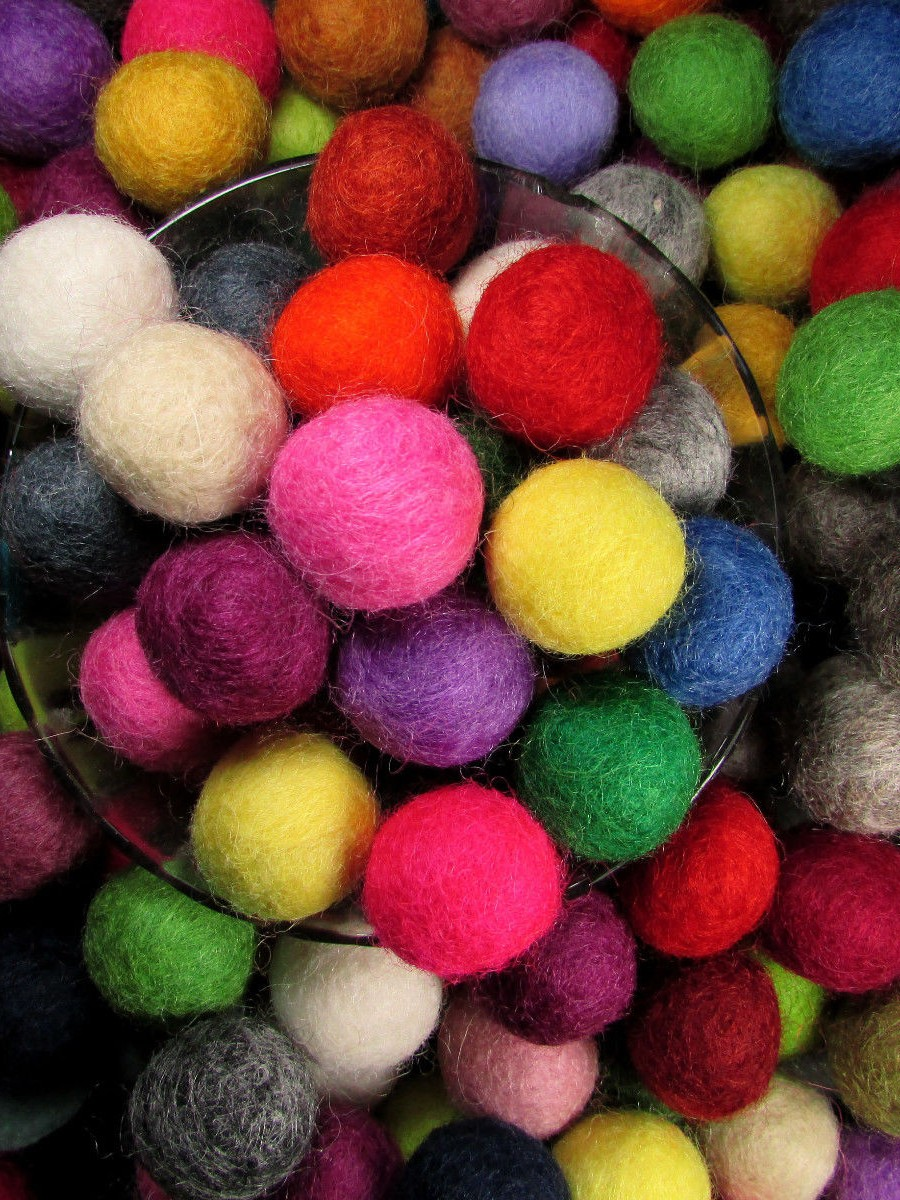 Felt Ball 2cm Supplies - F74