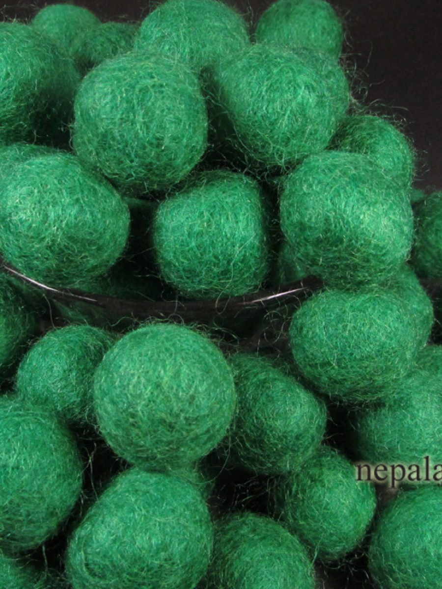 Felt ball wool 2cm Dark Green bead DIY craft - F90