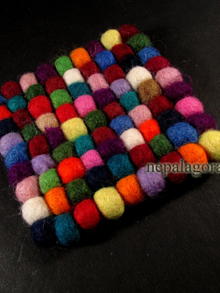 Felt Ball Wool Square Mat - F64