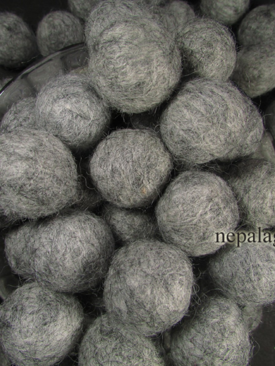 Felt balls wool 2cm Ash Gray bead Kids craft - F87