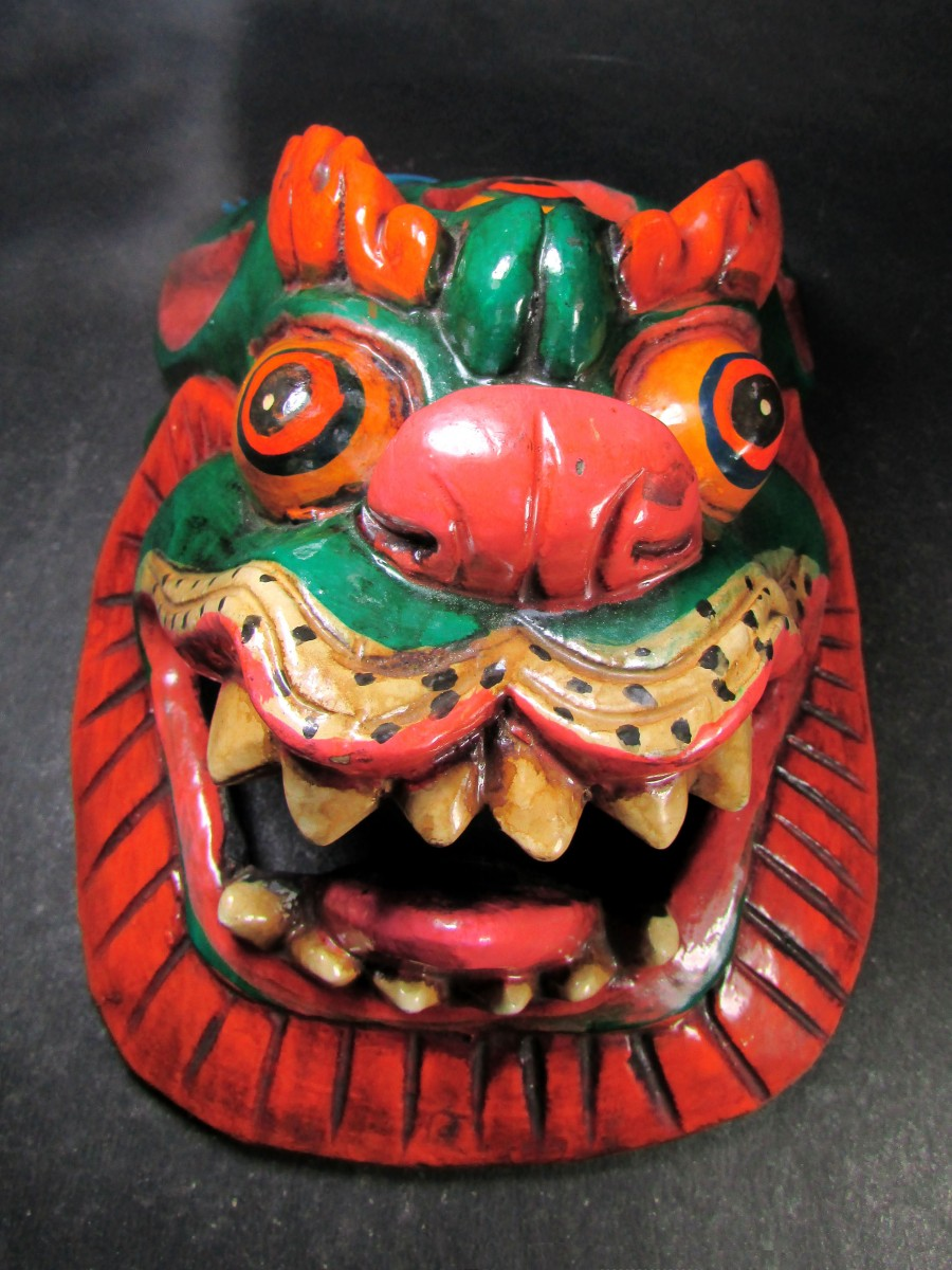 Hand Crafted Wooden Lion Carved Mask - M463