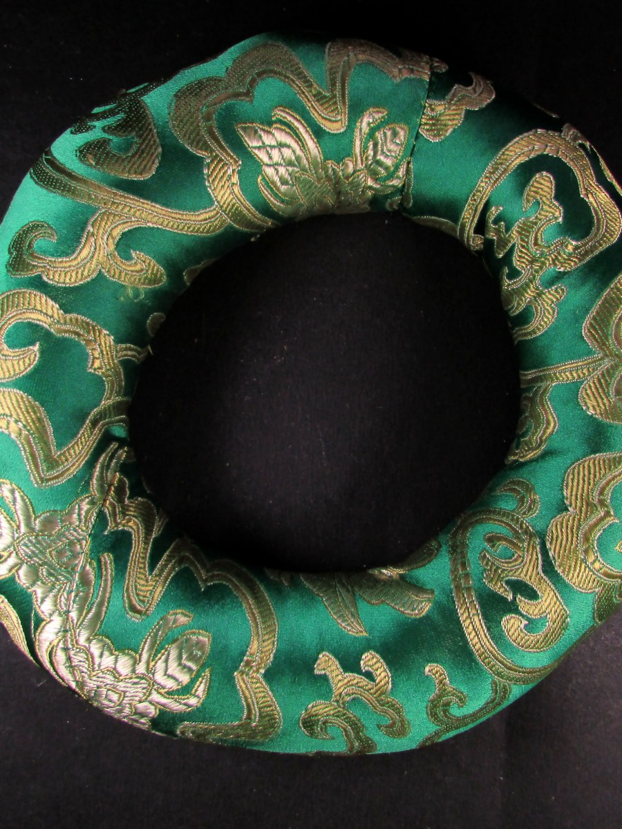 Handmade silk brocade round 18cm singing bowl cushion ring pillow Nepal - SBC237