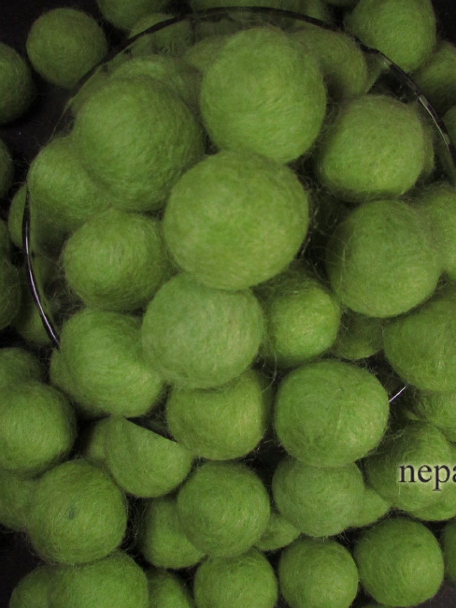 Lime Green Felt ball 2cm loose beads Nepal - F78