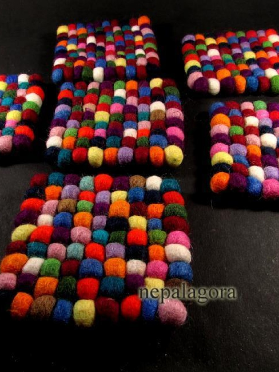 Lot of 6 Felt Ball Pom Pom Wool Mat - F63