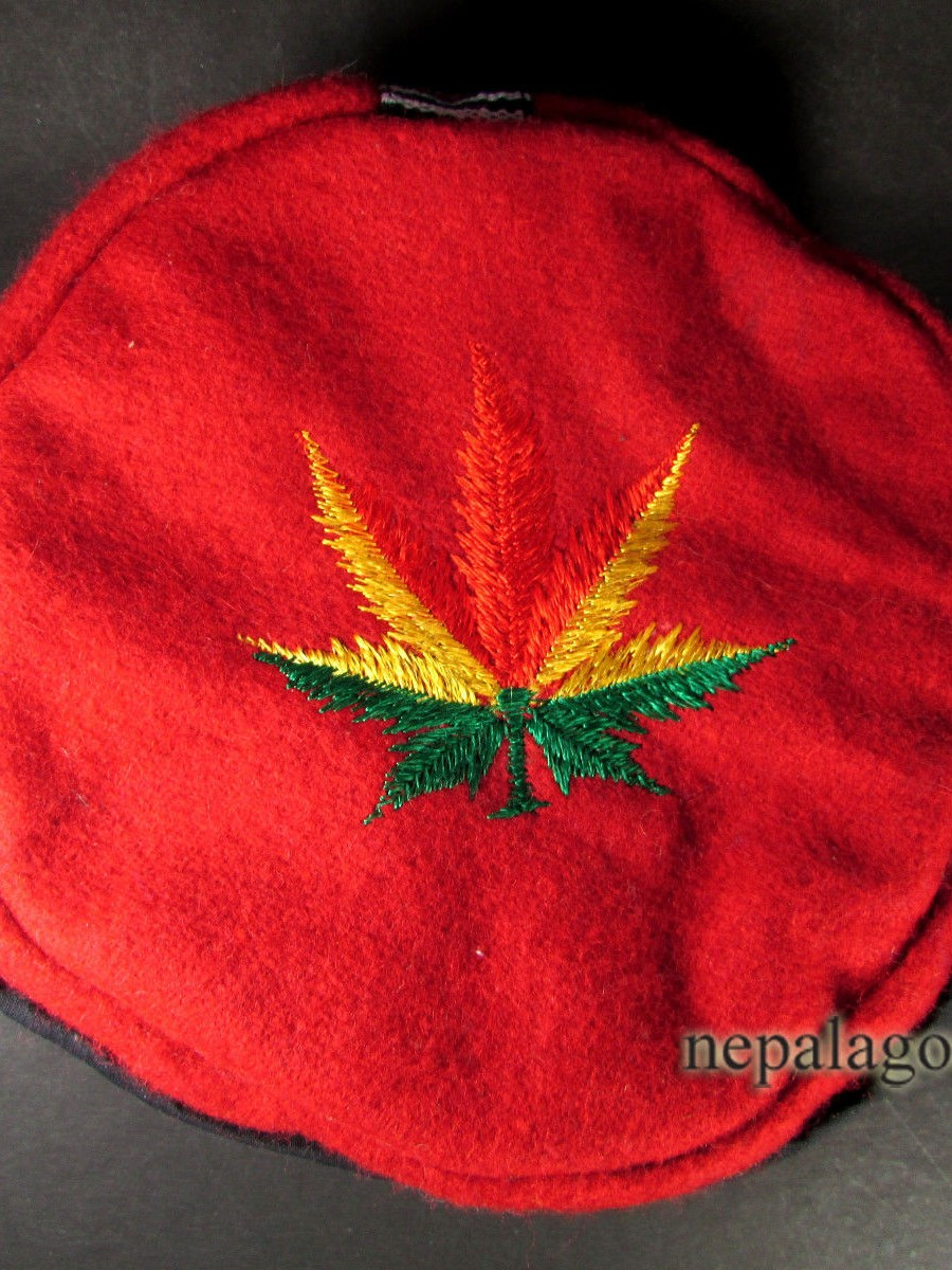 Traditional Hemp Leaf Embroidery Cap - C823